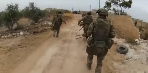 Prime immagini degli spetsnaz in prima linea contro i jihadisti