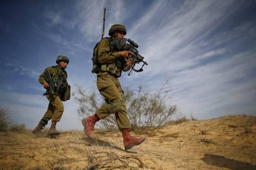 """Esercito, l'accusa del generale: """"Troppe donne, standard bassi"""""""