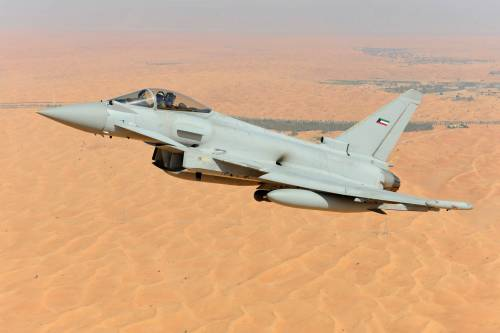 Nell'aprile 2016 Leonardo firma il contratto per la fornitura di 28 Eurofighter Typhoon al Kuwait: si tratta del più grande contratto mai firmato da Leonardo.