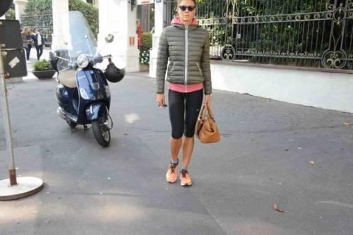 Martina Colombari sexy nella vita di tutti i giorni 36