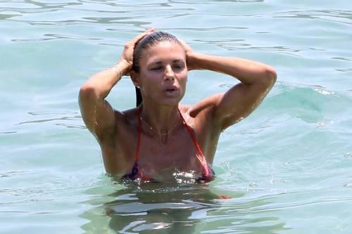 Martina Colombari sexy nella vita di tutti i giorni 41