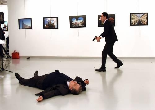 """Ankara, ora la Russia accusa: """"Turchi responsabili della sicurezza"""""""