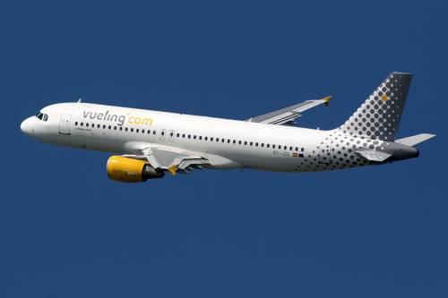 Sette rotte e più posti per i voli d'estate di Vueling da Malpensa