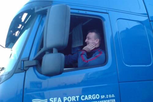 Il camionista polacco eroe lottò fino all'ultimo per evitare la strage