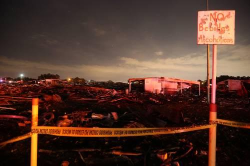 Messico, esplode il mercato dei fuochi artificiali 6