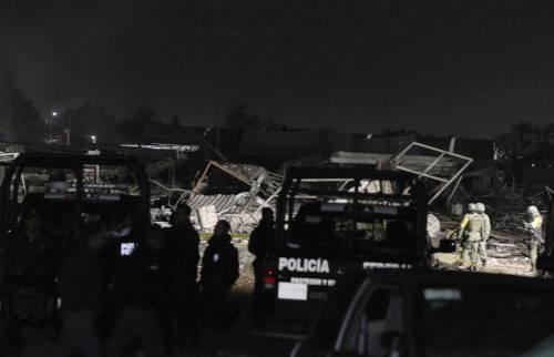 Messico, esplode il mercato dei fuochi artificiali 10