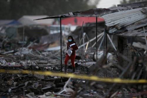 Messico, esplode il mercato dei fuochi artificiali 16