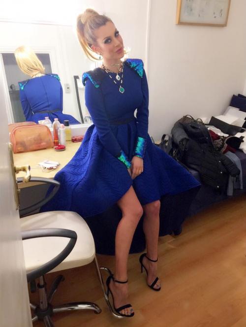 Paola Caruso hot, sexy e prorompente: foto 9