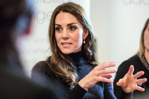 Kate Middleton e il mistero del cerotto sulla mano