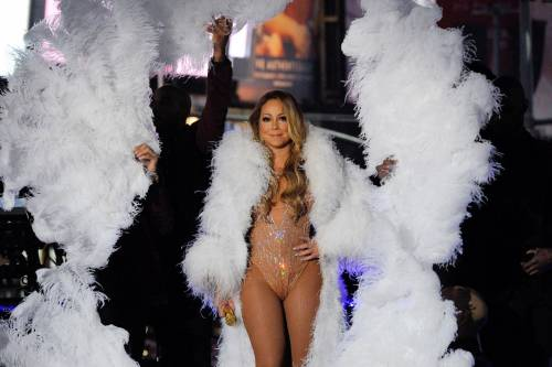 Mariah Carey sexy, gli scatti 18