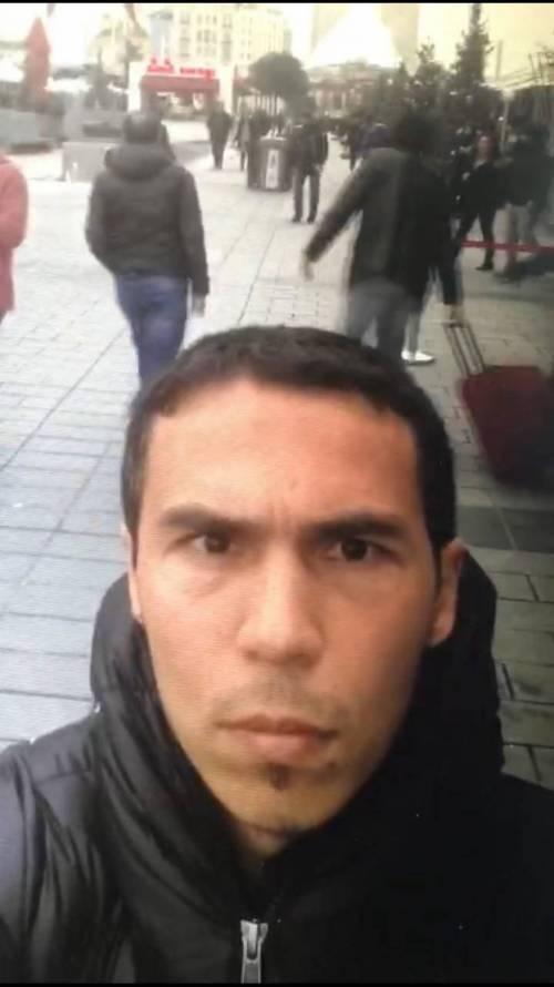Le nuove foto del killer di Istanbul 2