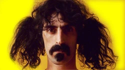 Frank Zappa, vita da film di un rocker che non voleva bruciare le basi Nato in Germania