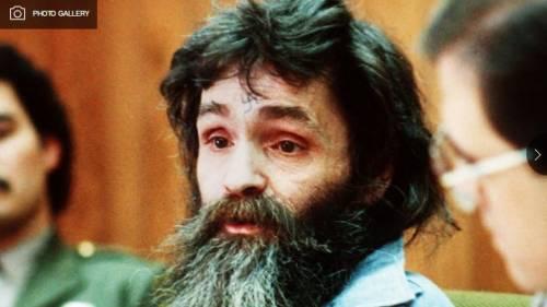 Usa, il killer Charles Manson è malato: uccise la moglie di Polanski