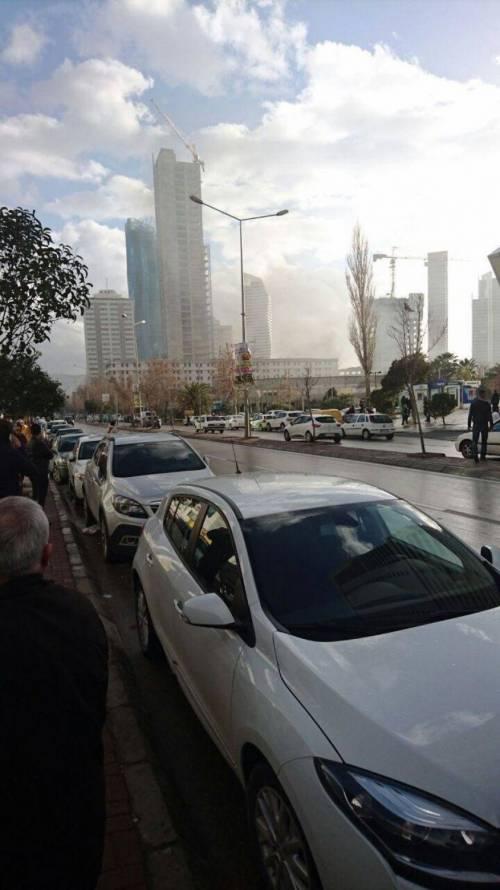 La scena dell'attentato a Izmir 5