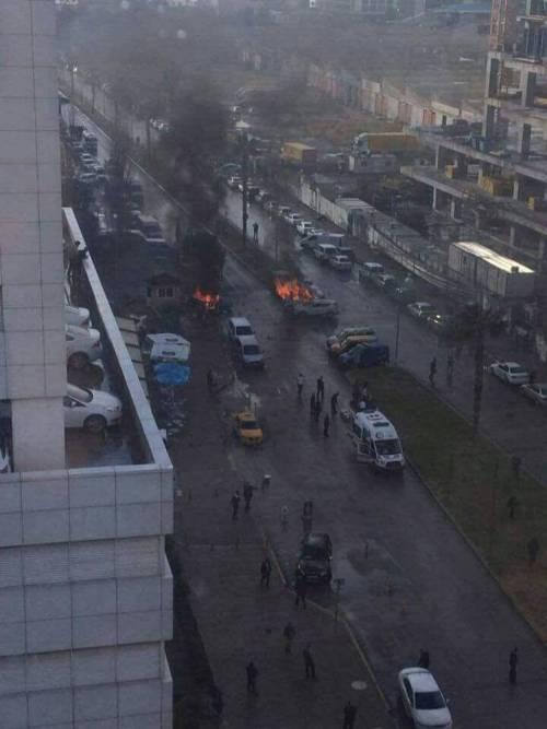 La scena dell'attentato a Izmir 3