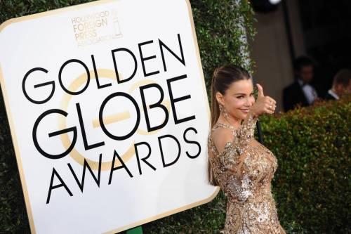 Sofia Vergara, sexy conduttrice dei Golden Globe 2017 4