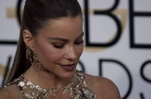 Sofia Vergara, sexy conduttrice dei Golden Globe 2017 5