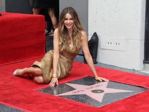Sofia Vergara, sexy conduttrice dei Golden Globe 2017 17