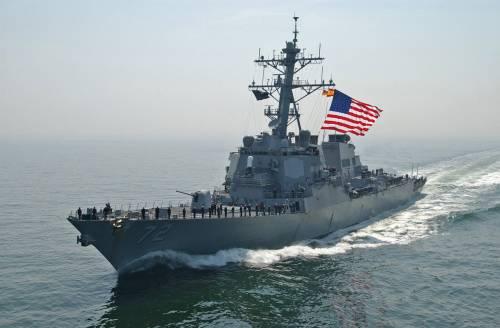 Stretto di Hormuz, nave Usa spara colpi di avvertimento contro unità iraniane