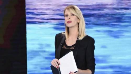 Alessia Marcuzzi sexy conduttrice dell'Isola dei Famosi 2017 15
