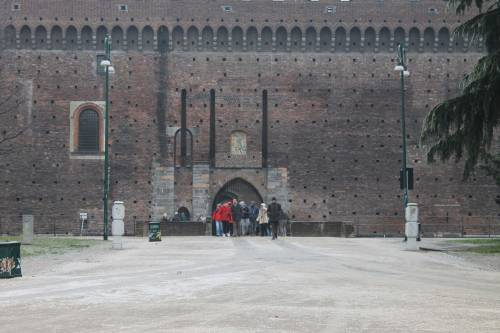 Milano, la città si sveglia ghiacciata 3