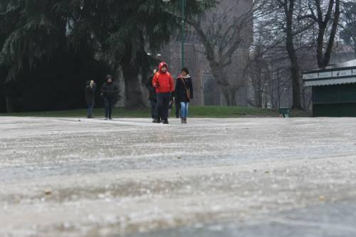 Milano, la città si sveglia ghiacciata 5