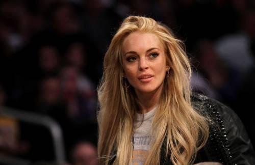 hot sale online 0e784 91ea3 Lindsay Lohan si converte all'Islam? - IlGiornale.it