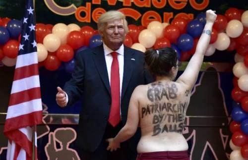 Femen contro Trump: l'osceno siparietto