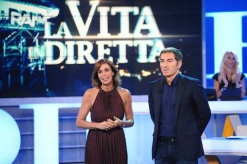 Cristina Parodi, dagli studi televisivi a Formentera 10