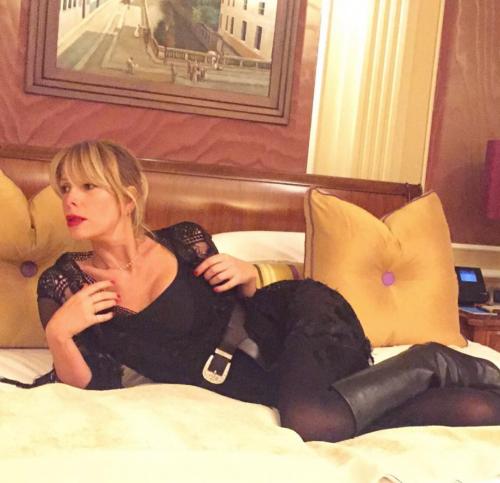 Alessia Marcuzzi sexy ed elegante 20