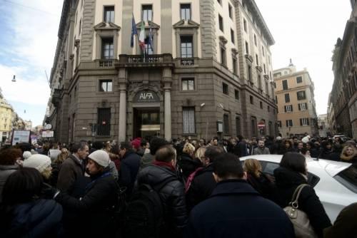 Terremoto, panico a Roma: chiusa metropolitana, evacuate scuole e uffici 8