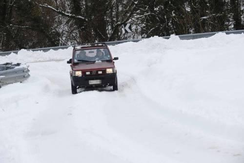 """""""Siamo per strada, sommersi dalla neve e non riusciamo a scappare"""""""