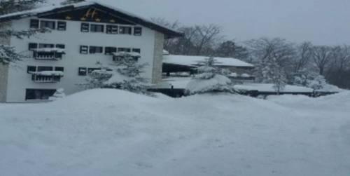 Rigopiano, le foto dell'albergo travolto dalla valanga 3