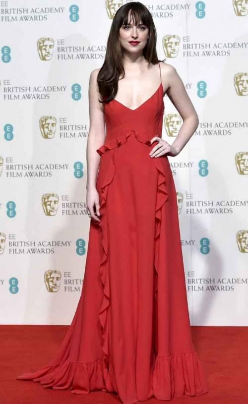 Dakota Johnson, sexy protagonista di 50 Sfumature 7