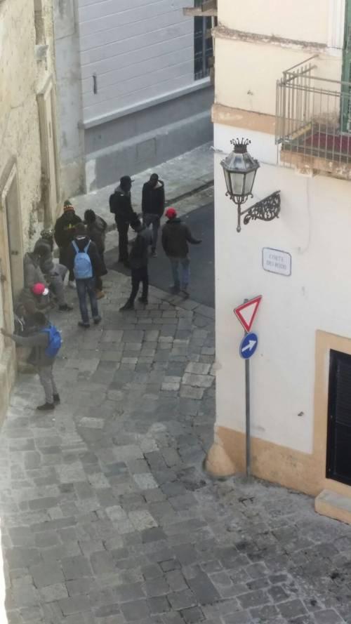 Risse, droga e degrado a Lecce 9