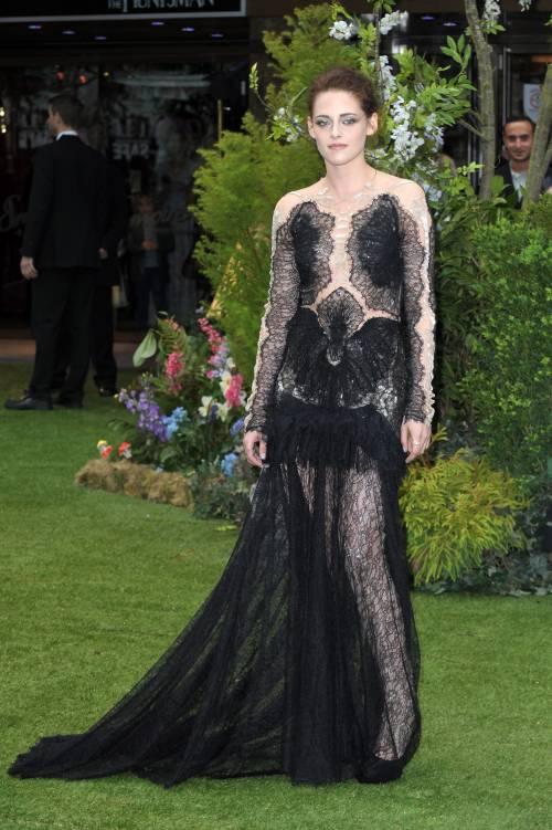 Kristen Stewart sexy: gli scatti hot 7