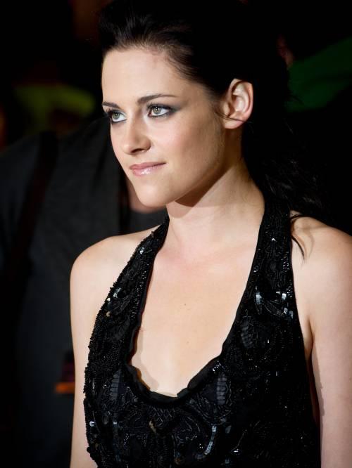 Kristen Stewart sexy: gli scatti hot 17