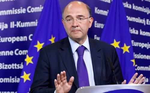 L'Europa torna ad attaccarci con Moscovici. Salvini: parla a vanvera, non alzo i toni né i calici