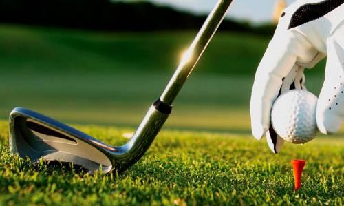 """""""Mio marito è ossessionato dal golf"""": e la moglie gli taglia il pene"""