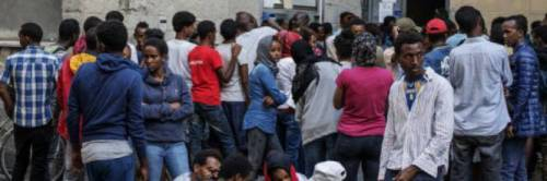 Agli avvocati degli immigrati vanno 100mila euro al mese