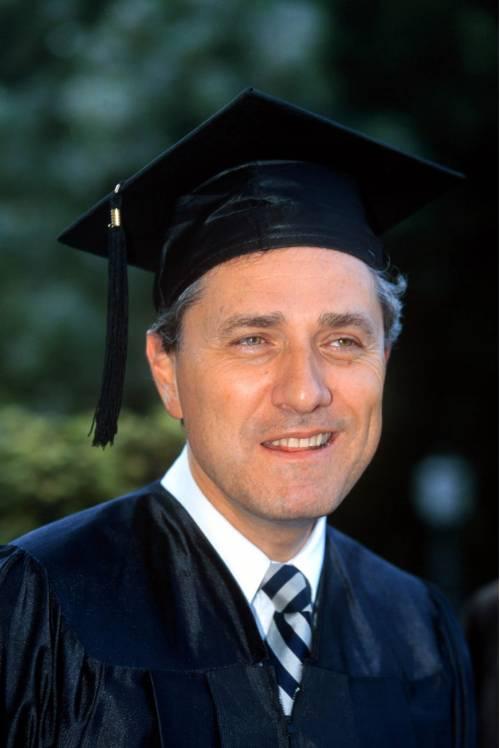 Rutelli si laurea a 62 anni per fare il direttore Unesco