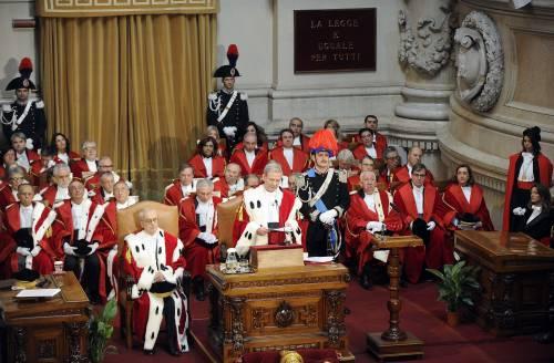 Giustizia, dalle adozioni gay ai clandestini le toghe dettano l'agenda a governo e parlamento