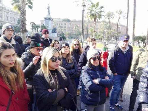 La protesta dell'estrema destra al fianco dei senza casa italiani 3