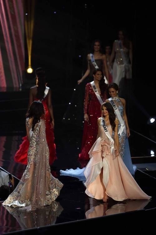 Miss Universo, lo spettacolo dei costumi più belli 4
