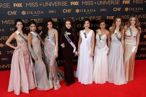 Miss Universo, lo spettacolo dei costumi più belli 9