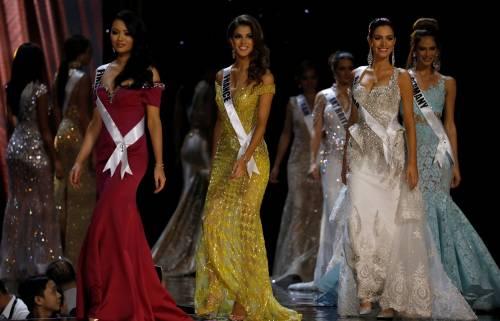 Miss Universo, lo spettacolo dei costumi più belli 20