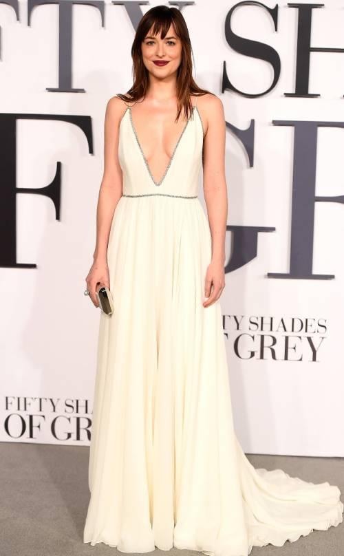 "Dakota Johnson e Jamie Dornan, sexy protagonisti di ""50 Sfumature"" 24"