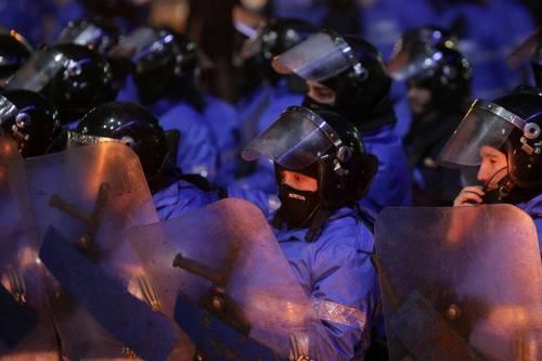 Romeni in piazza contro la corruzione 20