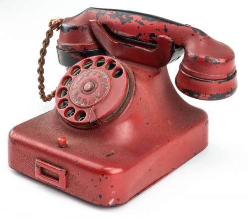 Il telefono di Adolf Hitler messo in vendita  3