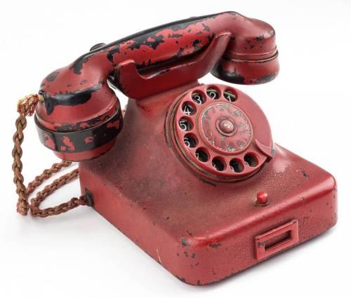Il telefono di Adolf Hitler messo in vendita  4